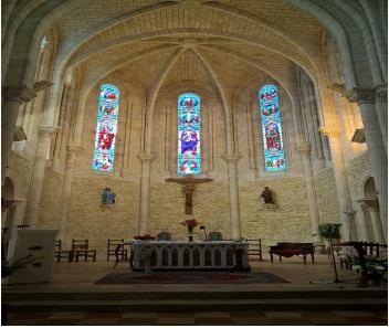 Autel de l'église St Martin à Carcans